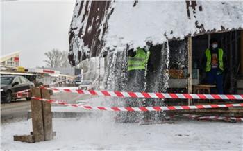 «Либо снесет сам, либо это сделают власти»: в Красноярске демонтируют павильоны с незаконным алкоголем