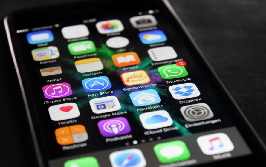 В популярных приложениях на iPhone произошел глобальный сбой