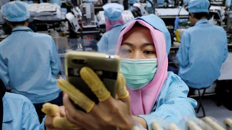 Вместо Huawei за японскими комплектующими для смартфонов пришли другие фирмы