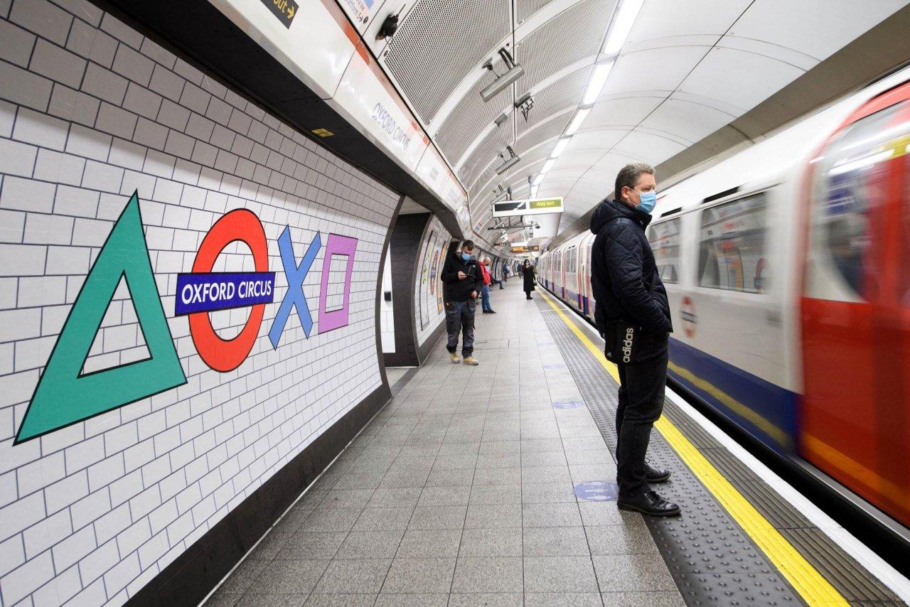 Sony оформила станцию метро Oxford Circus в Лондоне в честь выхода PlayStation 5