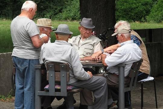 Минтруд предложил изменить условия выплаты накопительной пенсии