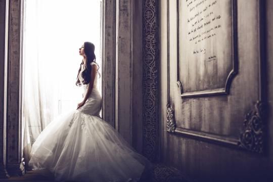 Россиянка решила выйти замуж через постель и лишилась денег