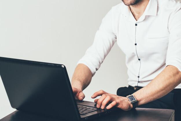 Перечислены методы ускорения работы компьютера на Windows 10