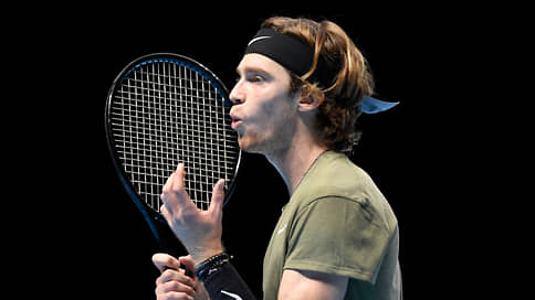 Андрей Рублев прочувствовал итоговый // Теннисист проиграл Рафаэлю Надалю первый матч на Nitto ATP Finals