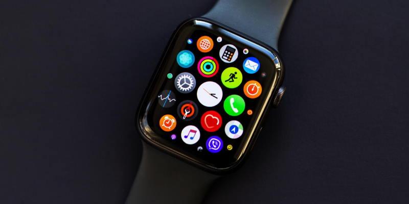 Apple готовит недорогую модель Apple Watch