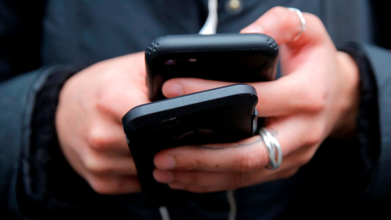 Российских операторов заставят блокировать мошеннические номера