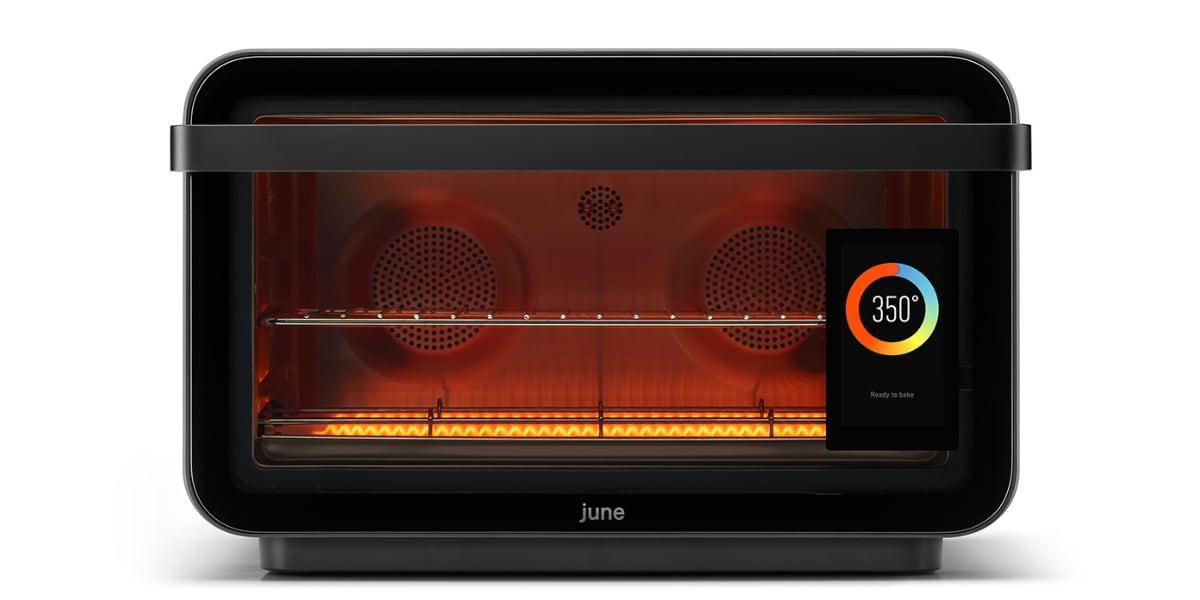 Продукт дня: умная духовка June Oven с сенсорным экраном, камерой, собственной операционной системой и поддержкой ИИ