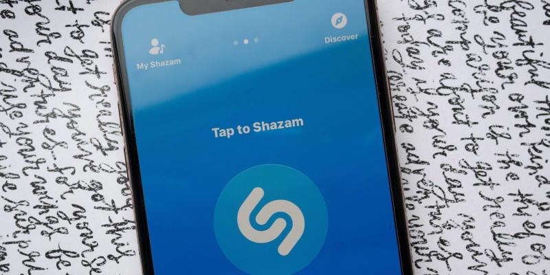 100 самых популярных песен в мире за всё время по версии Shazam