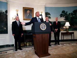 Советники Трампа отговорили его от нанесения ударов по Ирану
