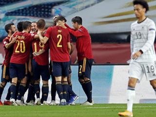 Футболисты сборной Испании разгромили команду Германии