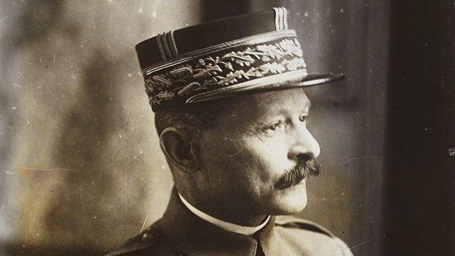 Valeurs actuelles (Франция): генерал Вейган — «победитель большевизма»