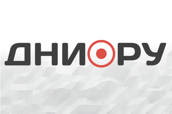 Под Петербургом поезд насмерть сбил женщину в наушниках