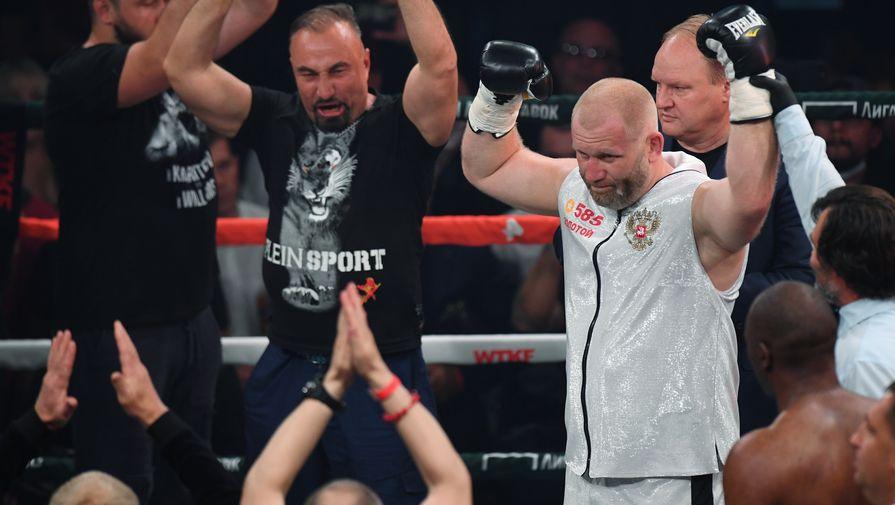 Яндиеву официально предъявили обвинение за драку с Харитоновым