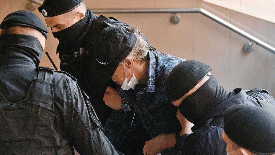 Адвокат Ефремова подписал признание вины актера