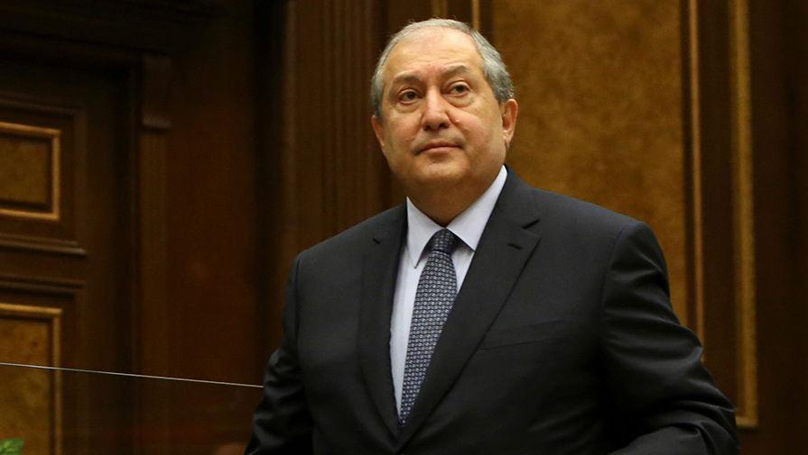 Президент Армении назвал неизбежными досрочные парламентские выборы в стране