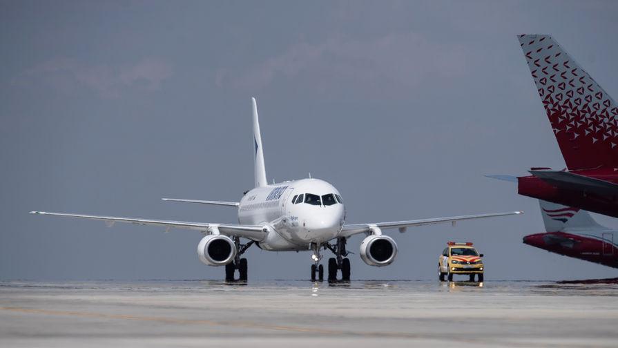 Россия может возобновить авиасообщение со всеми странами в августе