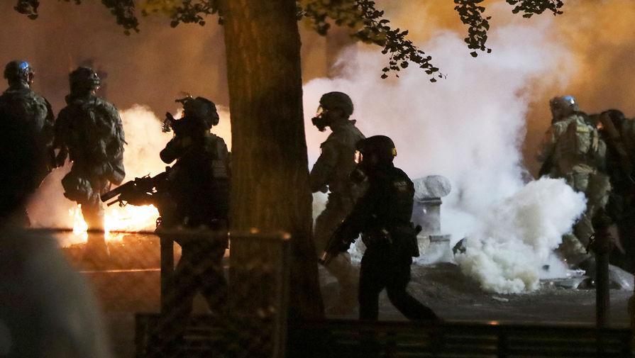 В Портленд вводят нацгвардию для борьбы с беспорядками