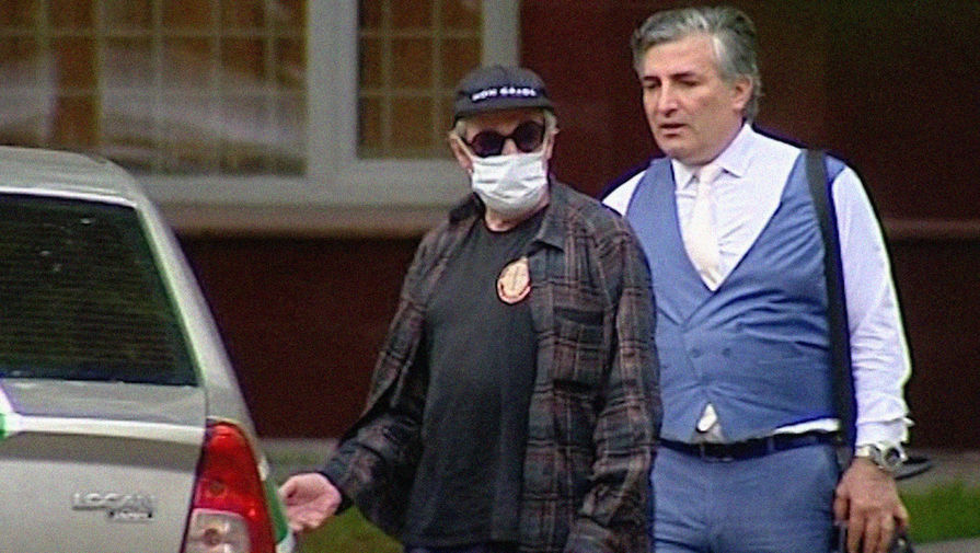 Адвокат рассказал подробности о состоянии Ефремова