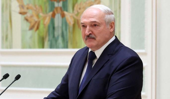 Политолог назвал 'игры с Конституцией' в Белоруссии бессмысленными: Никаких дивидендов