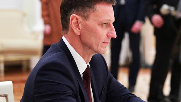 Владимирский губернатор решил лечиться от COVID-19 в частной клинике в Москве