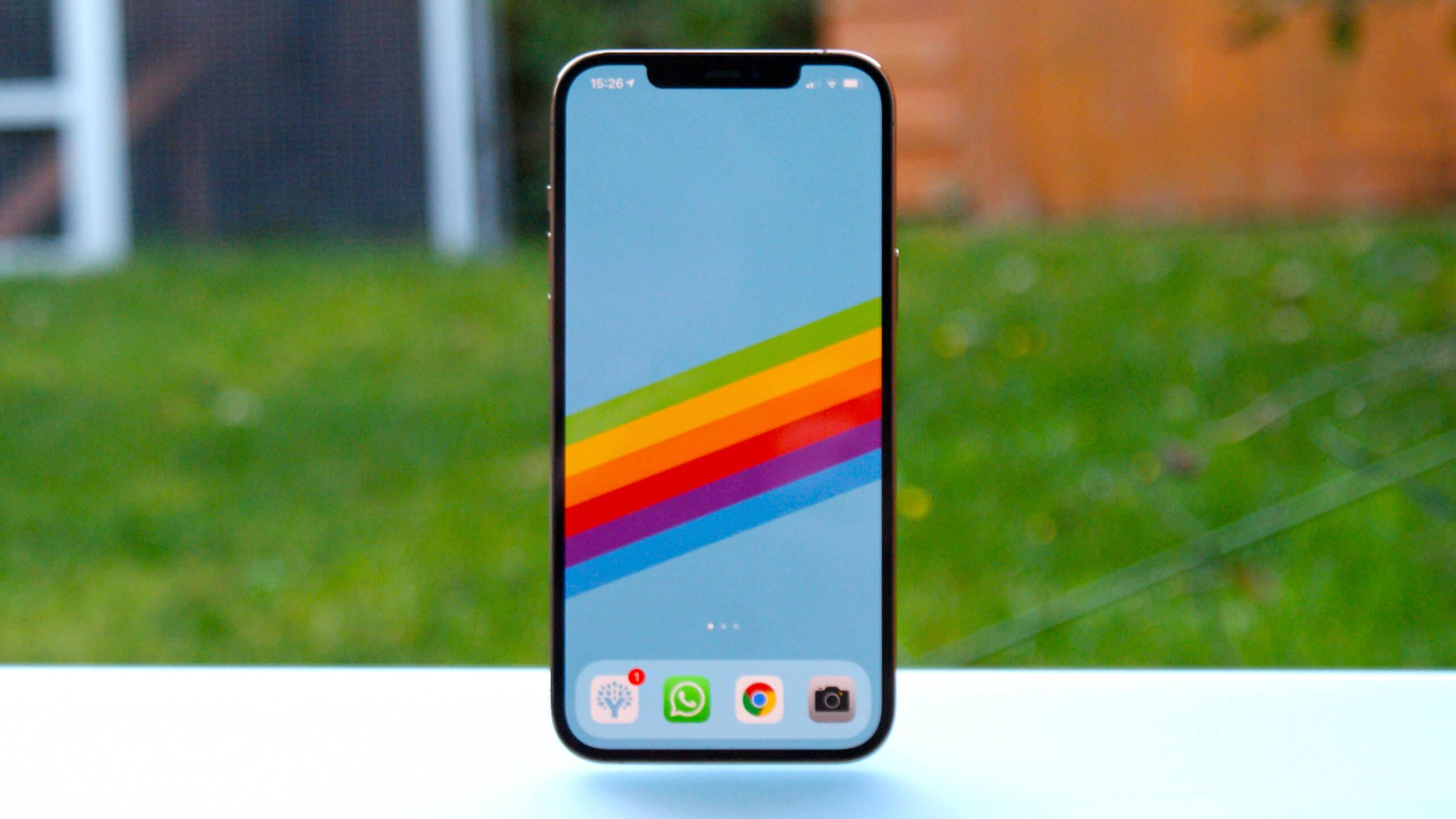 Эксперты DisplsyMate назвали дисплей iPhone 12 Pro Max «лучшим»