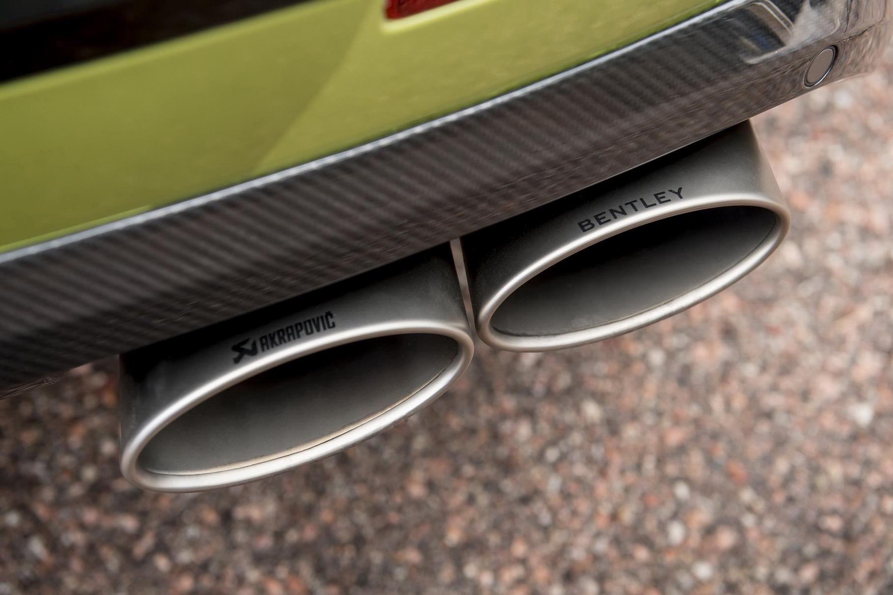 Bentley предложила покупателям Bentayga установить спортивный выхлоп