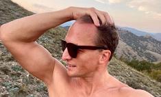 Инстаграм удалил обнаженные снимки 51-летнего Владимира Мишукова, и он опубликовал их вновь
