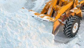Снег как источник дохода: архангельскому чиновнику вменили аферу с госконтрактами