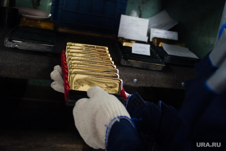 В ХМАО из компании олигарха вывели золота на 82 млн рублей. Это привело к краху предприятия