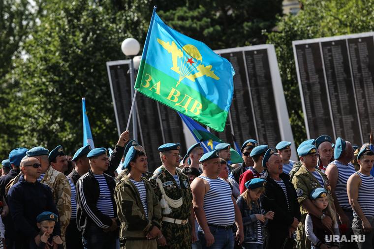 В Москве произошла массовая драка десантников и бойцов Росгвардии. ВИДЕО