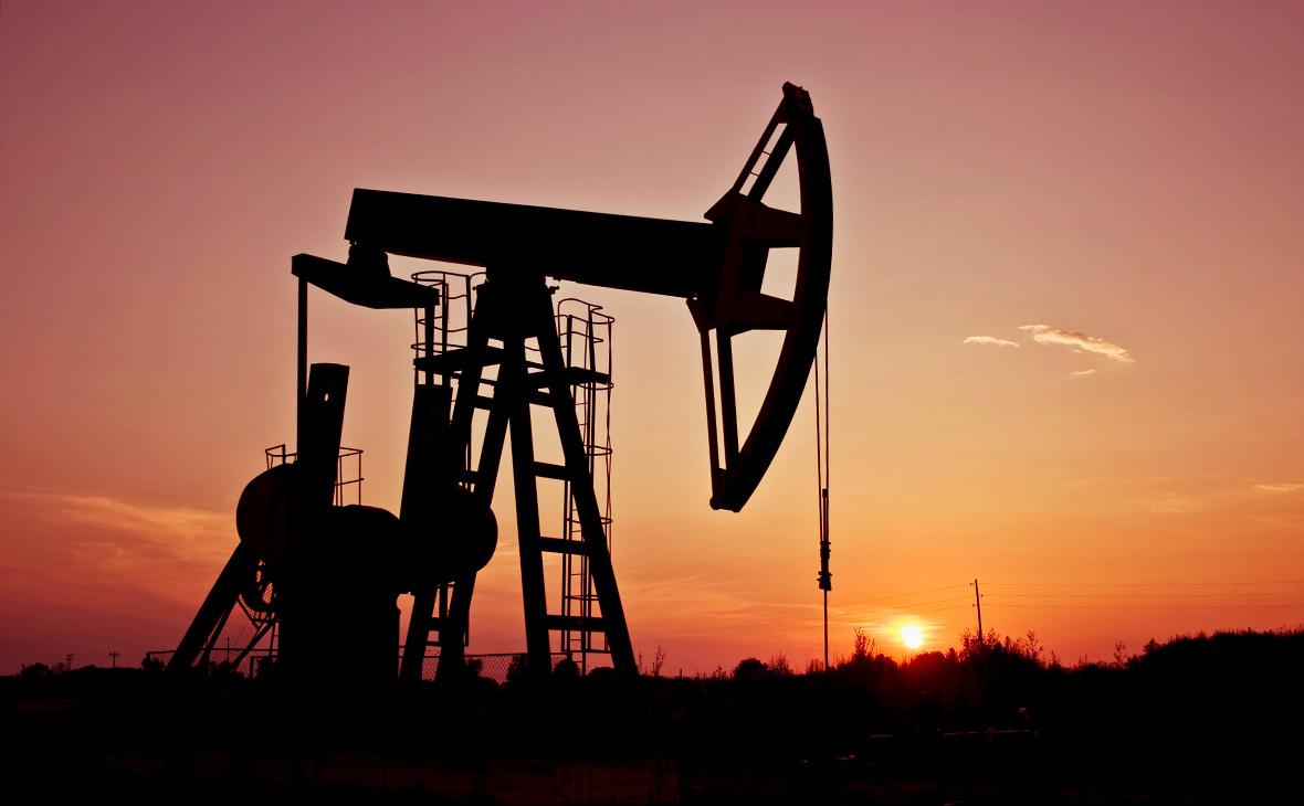 Bloomberg сообщил о давлении на план ОПЕК+ по наращиванию добычи нефти