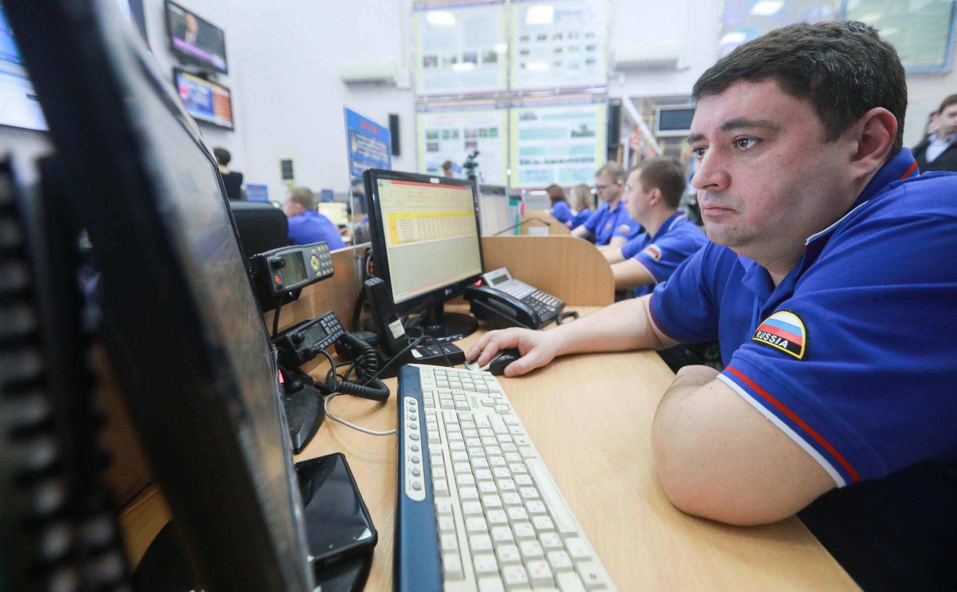 СК отменил тендер на мониторинг «Двач» и блога Навального