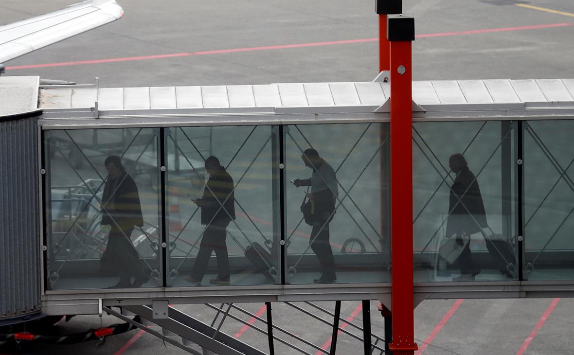 Мишустин разрешил гражданам Швейцарии въезд в Россию