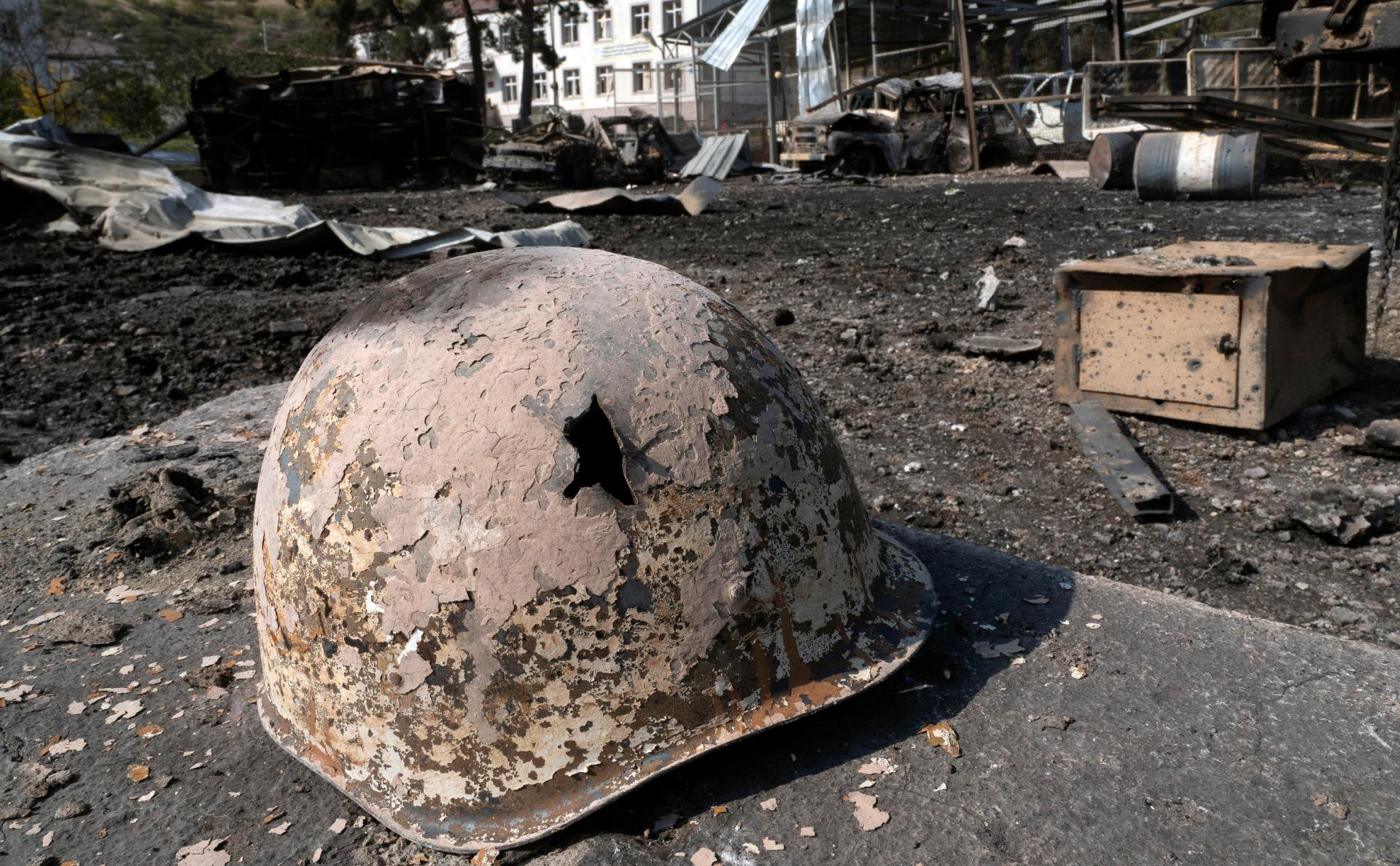 Армения обвинила Азербайджан в срыве гуманитарного перемирия