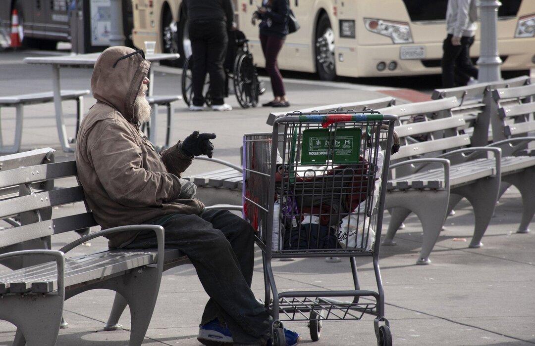 В России предложили ввести налоговые льготы для общепита за раздачу еды бездомным