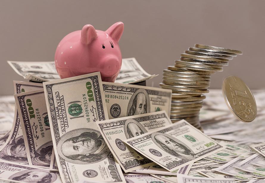 Доллар по 80, евро по 90. Почему заштормило рубль и что теперь делать