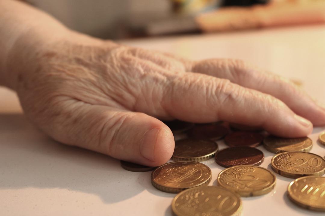 30-летних россиян предупредили, что не стоит надеяться на пенсию