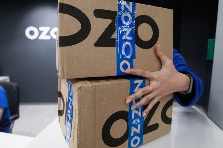 Ozon и Wildberries начали продавать предпринимателям готовые пункты выдачи заказов