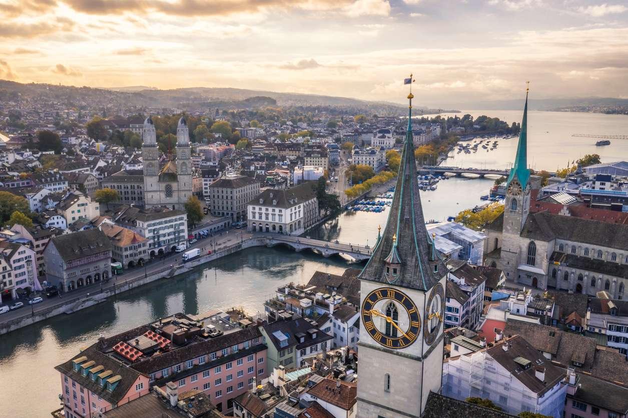 The Economist назвал самые дорогие города мира